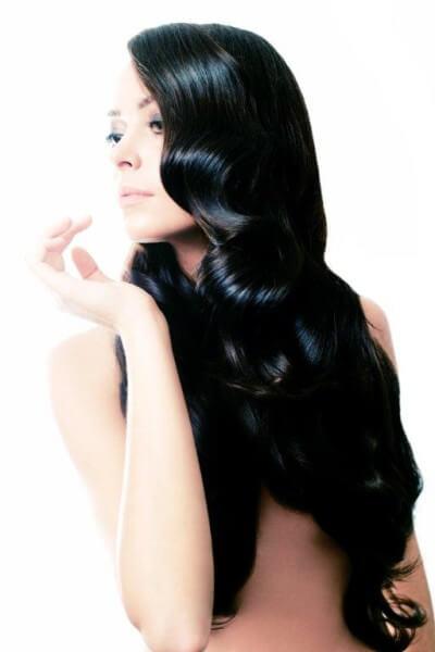 Ритуалы по восстановлению и уходу за волосами и кожей головы